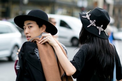 Paris-fashion-week-street-style-day-7-october-15-the-impression-10