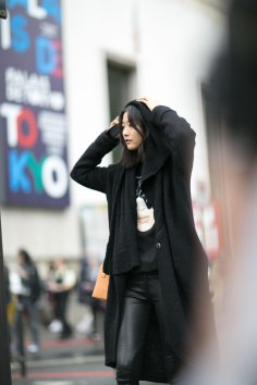 Paris-fashion-week-street-style-day-7-october-15-the-impression-17