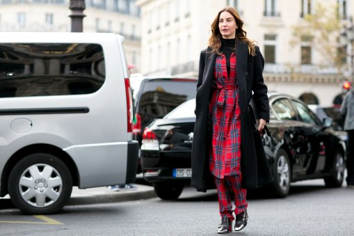 Paris-fashion-week-street-style-day-7-october-15-the-impression-41