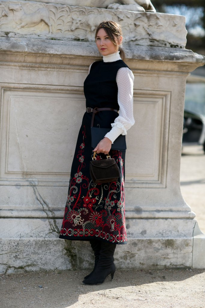 Paris-fashion-week-street-style-day-7-october-2015-the-impression-096
