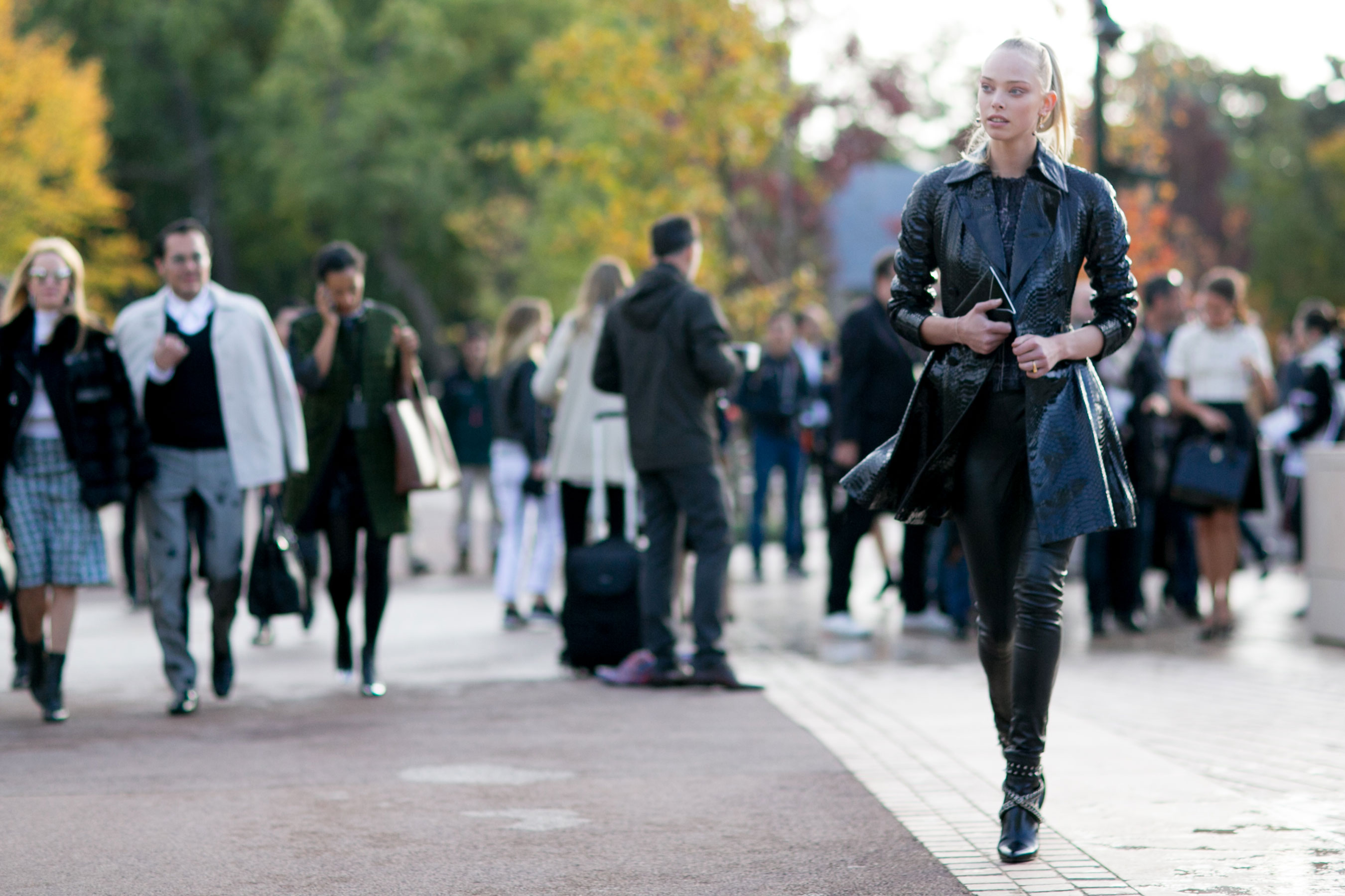 Paris-fashion-week-street-style-day-9-october-2015001