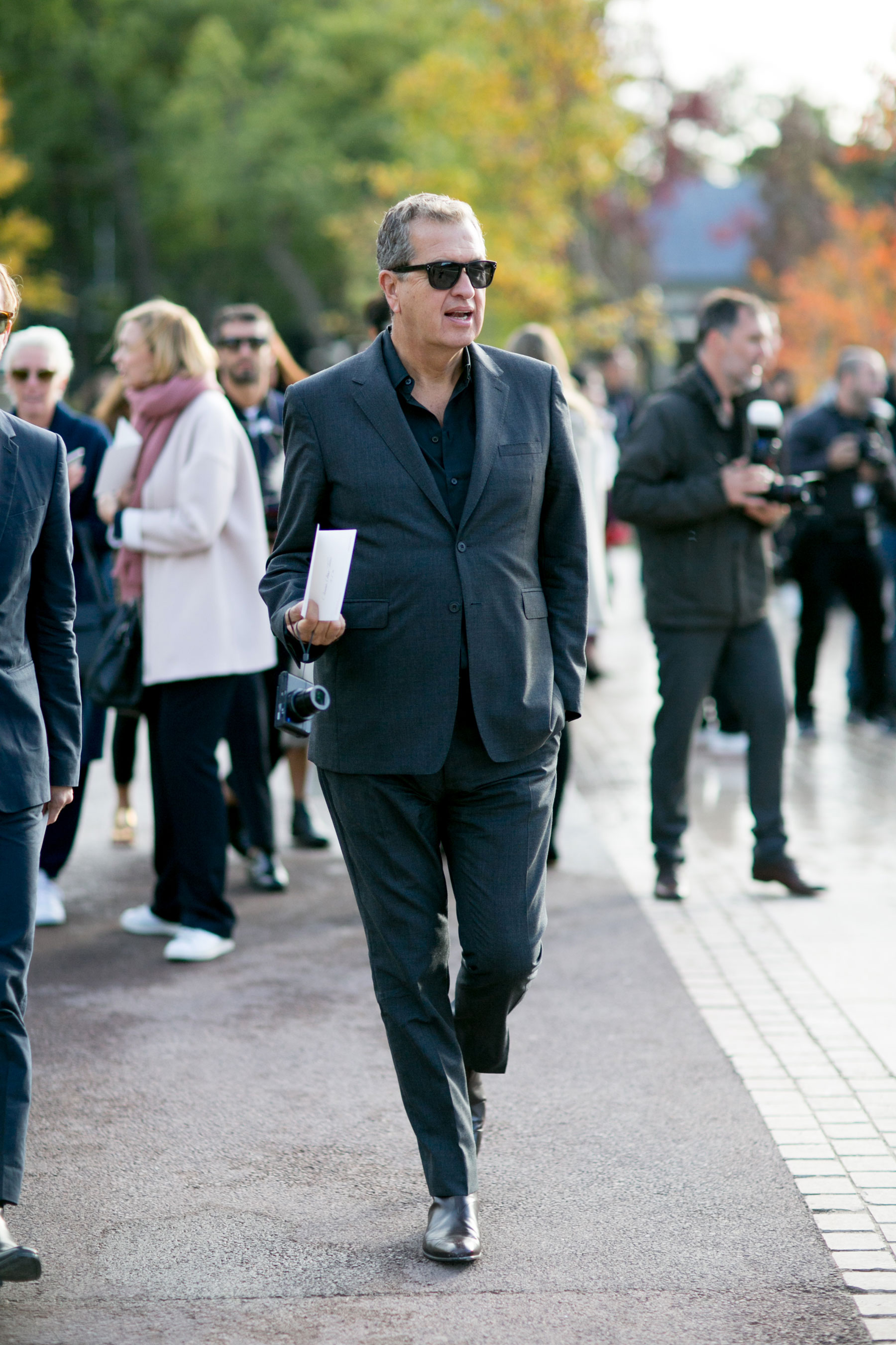 Paris-fashion-week-street-style-day-9-october-2015062