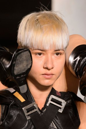 Rick-Owens-spring-2016-runway-beauty-fashion-show-the-impression-15