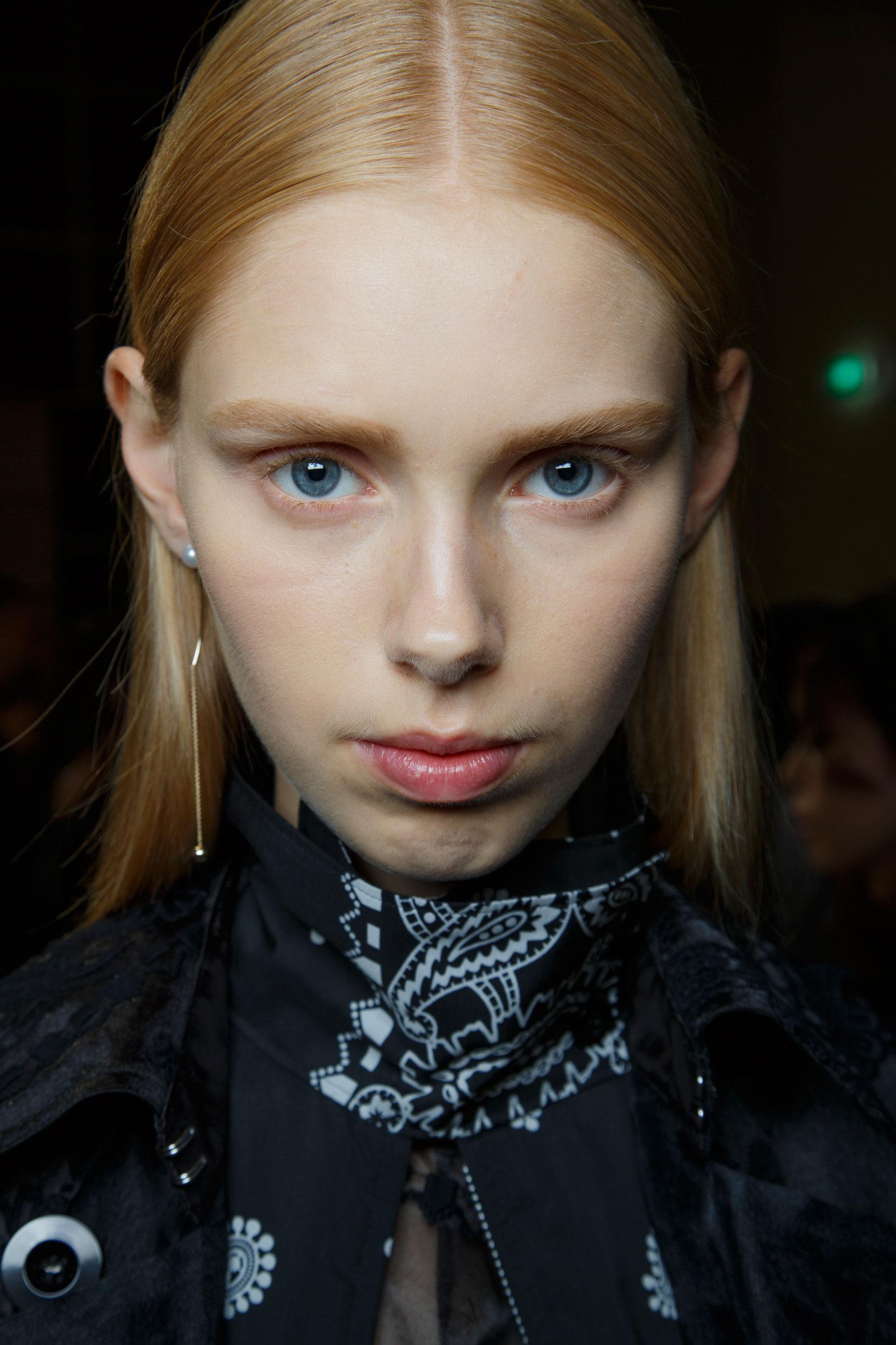 Sacai-spring-2016-beauty-fashion-show-the-impression-30