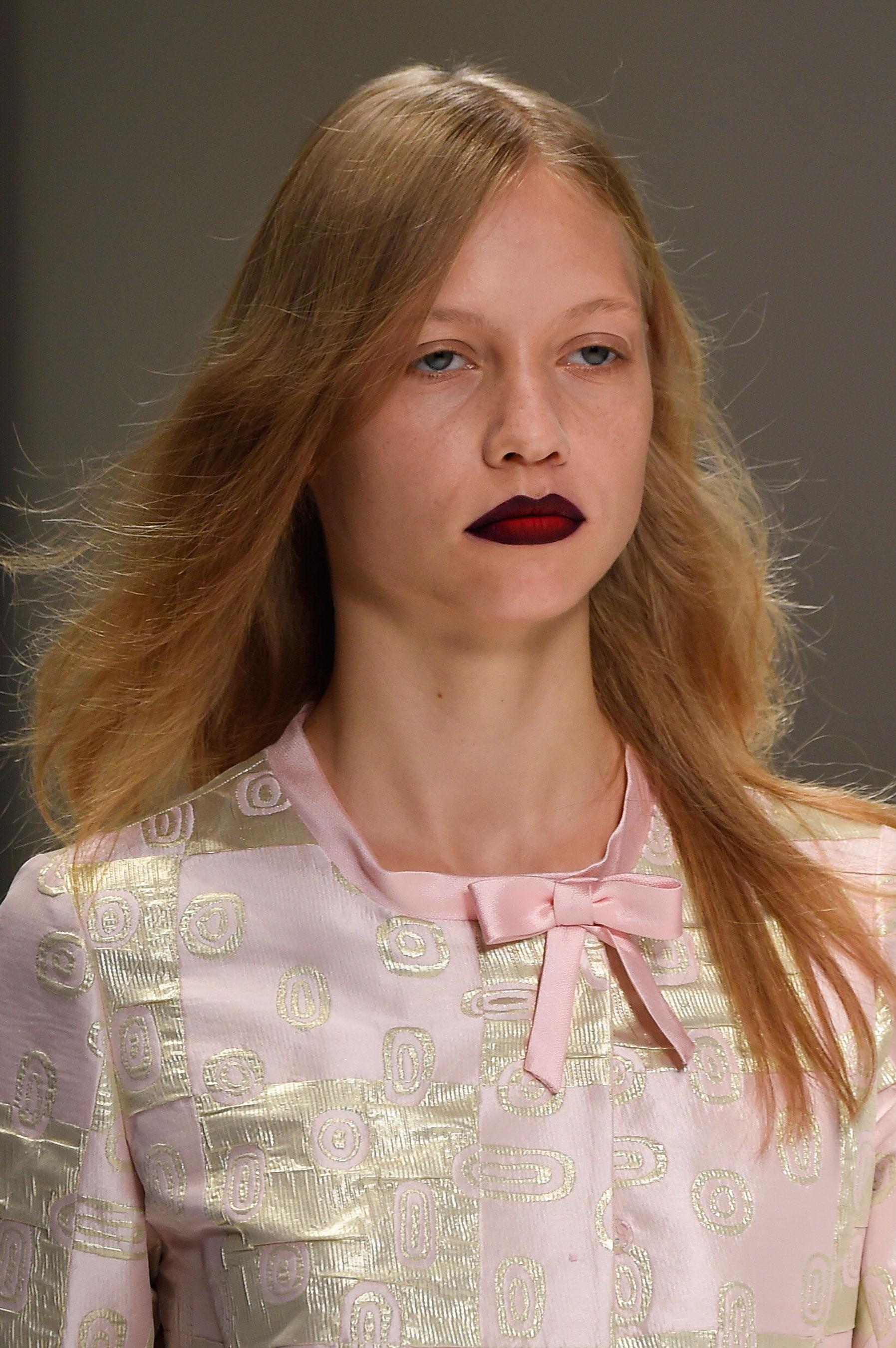 Shiatzy-Chen-spring-2016-runway-beauty-fashion-show-the-impression-24