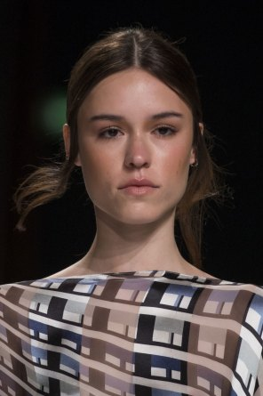 Talbot-Runhof-spring-2016-runway-beauty-fashion-show-the-impression-05