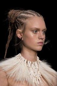 Valentino-spring-2016-runway-beauty-fashion-show-the-impression-17