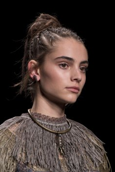 Valentino-spring-2016-runway-beauty-fashion-show-the-impression-18