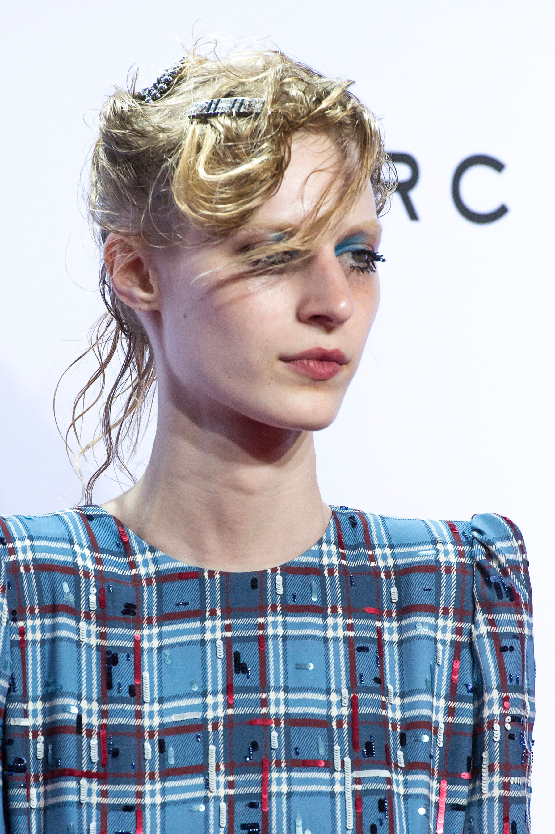 marc-jacobs-spring-2016-runway-beauty-fashion-show-the-impression-01