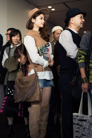 tokyo-street-style-day-1-spring-2016-the-impression-032