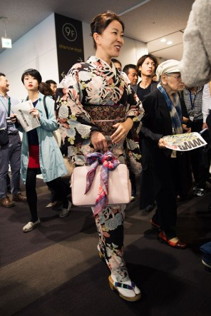 tokyo-street-style-day-1-spring-2016-the-impression-110