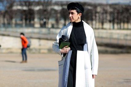 Paris str RF16 0941