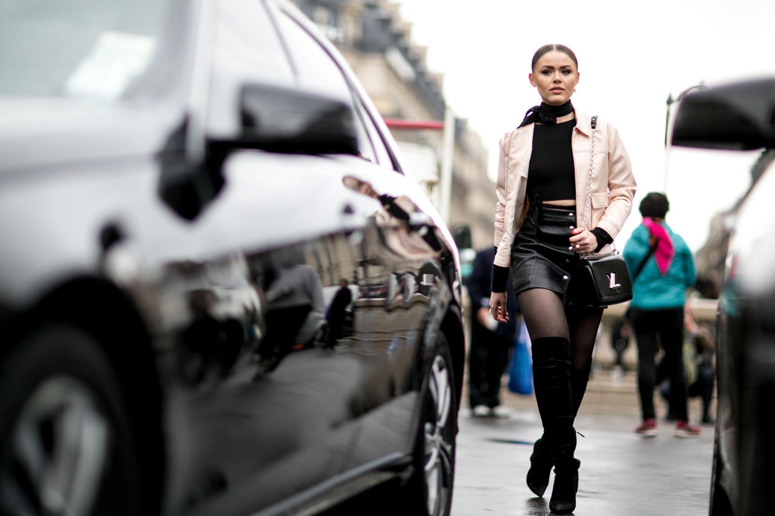 Paris str RF16 5669