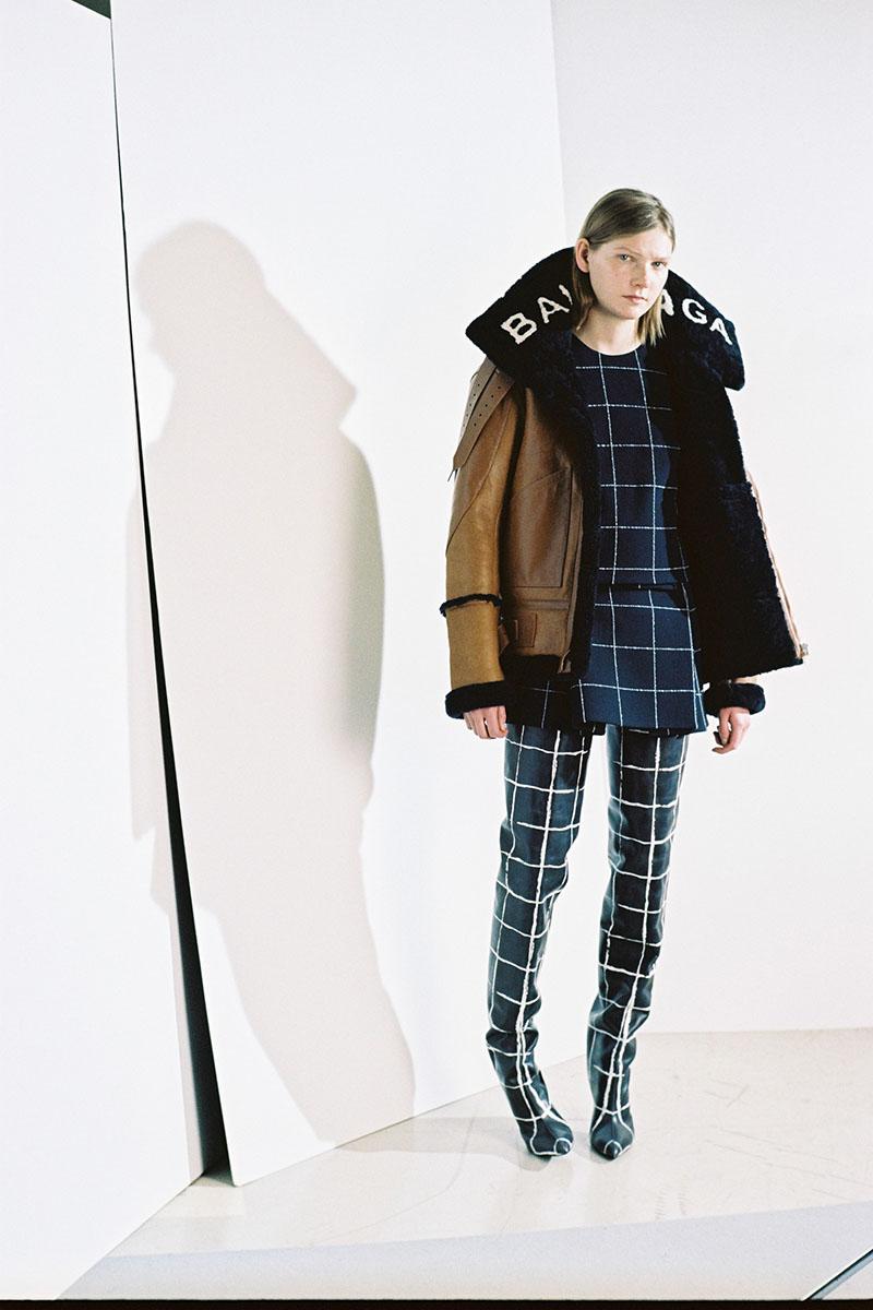 Balenciaga-pre-fall-2016-fashion-show-the-impression-10