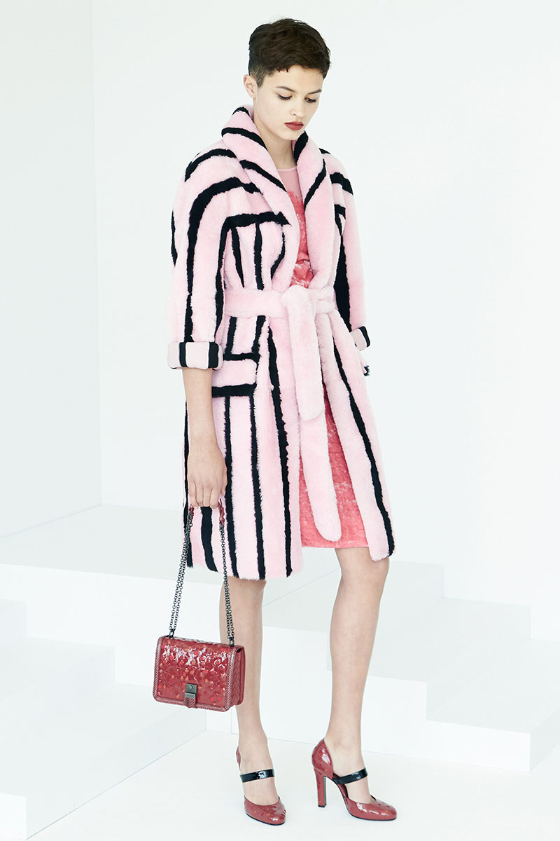 Bottega-Veneta-fashion-show-resort-2017-ready-to-wear-the-impression-24