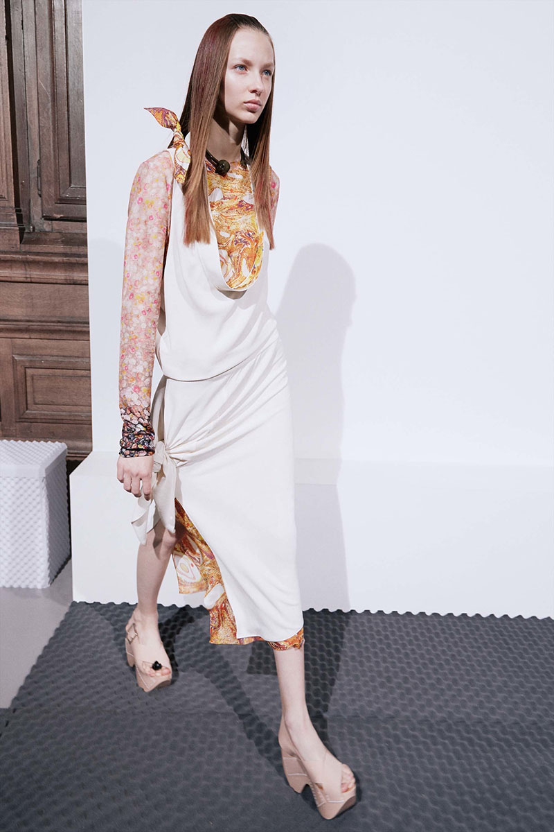Acne-Studios-resort-2017-fashion-show-the-impression-18