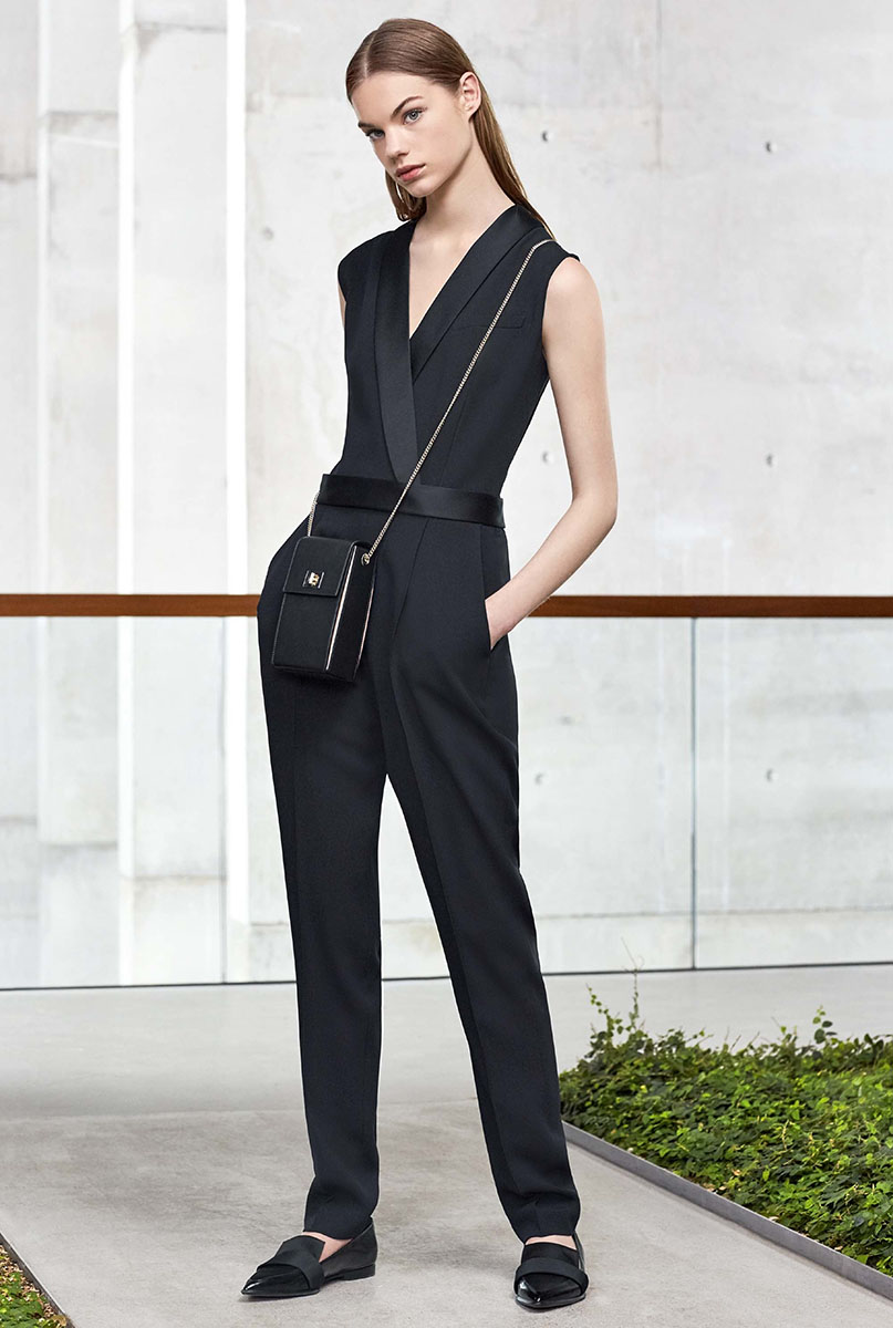 Boss-resort-2017-fashion-show-the-impression-12