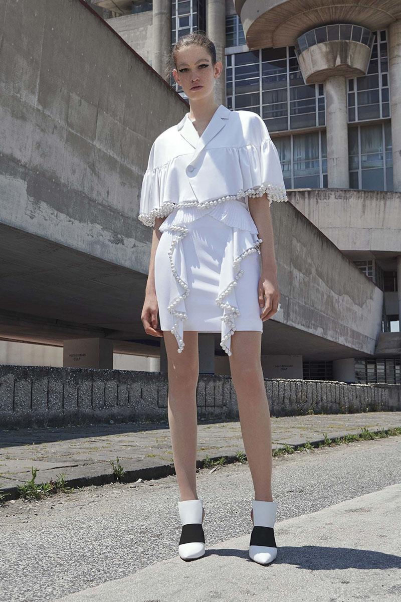 Givenchy-resort-2017-fashion-show-the-impression-01