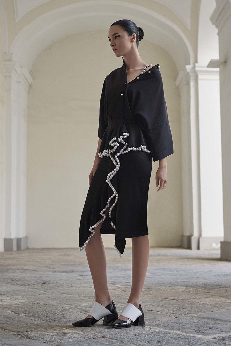 Givenchy-resort-2017-fashion-show-the-impression-02