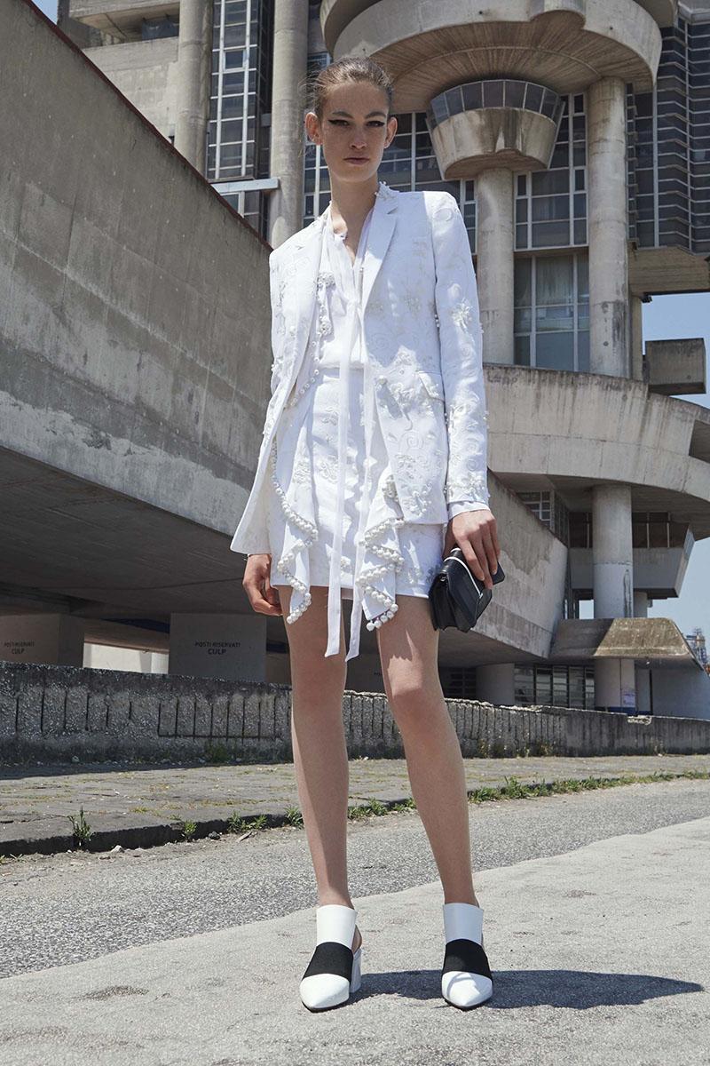 Givenchy-resort-2017-fashion-show-the-impression-03