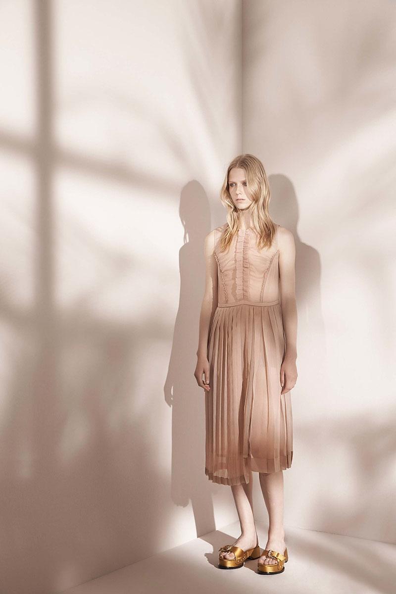 No-21-resort-2017-fashion-show-the-impression-46