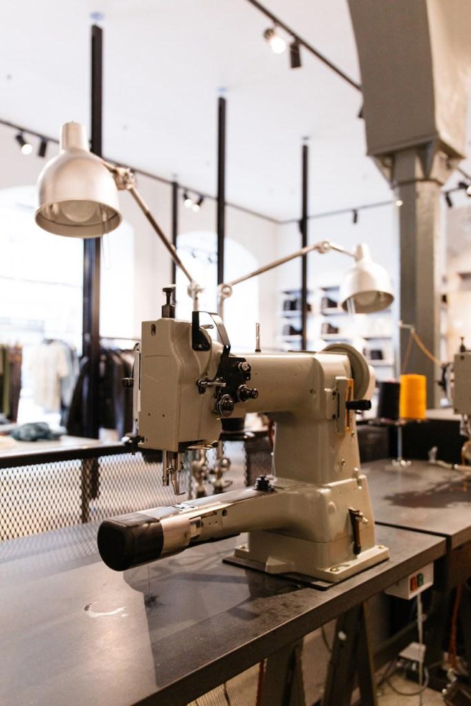 Nudie Jeans Repair Shop München (8 von 46)