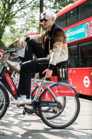 London m str RS17 2832
