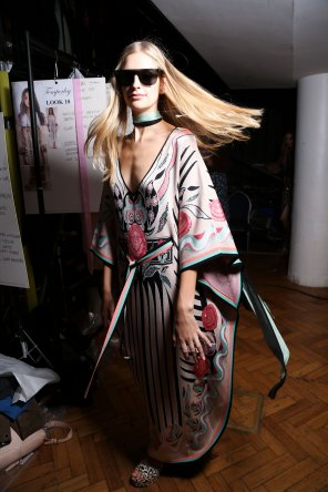 Temperley Lo bks S RS17 0283