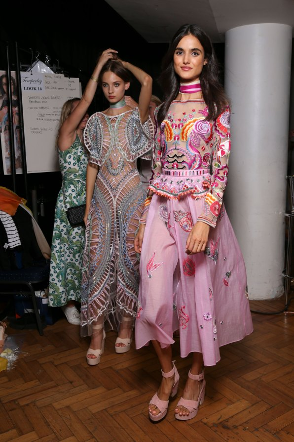 Temperley Lo bks S RS17 0344