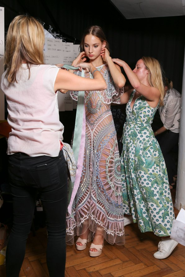 Temperley Lo bks S RS17 0350