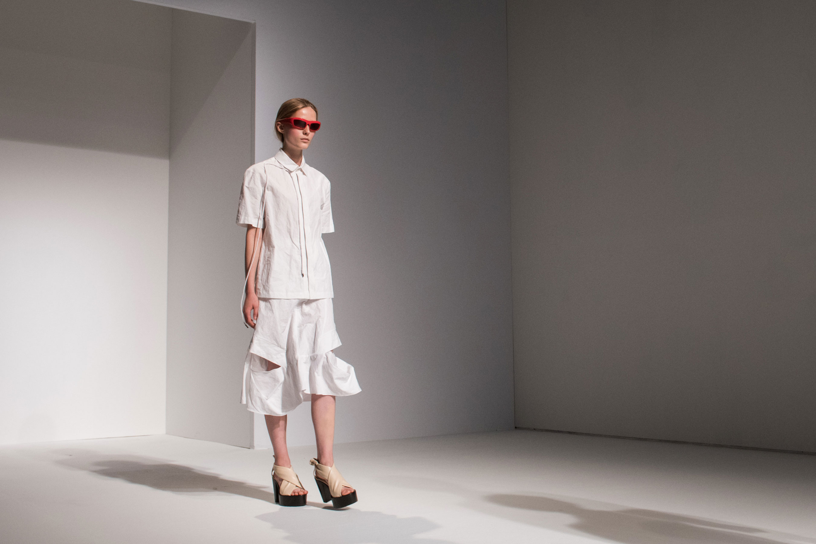 Chalayan atm RS17 5203