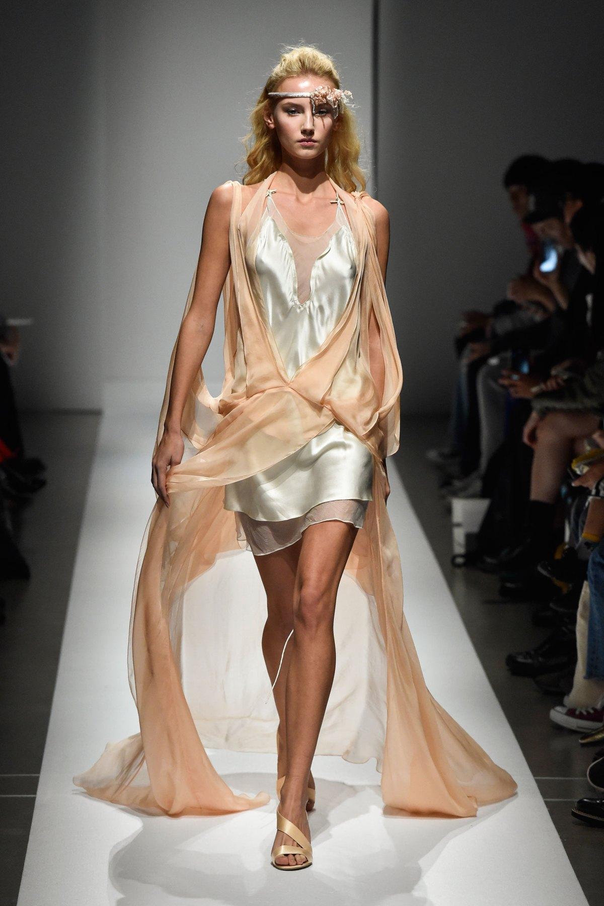 Fashion Hong Kong RS17 0027