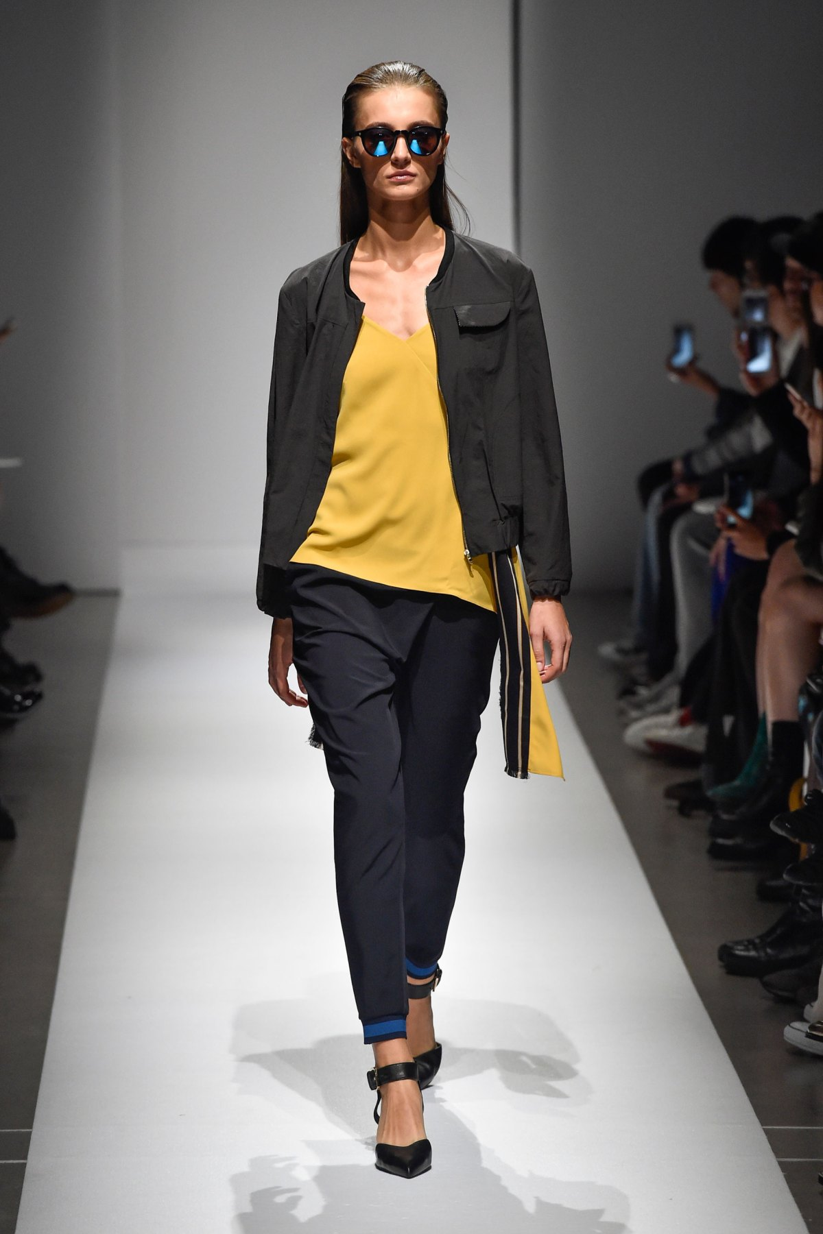 Fashion Hong Kong RS17 0043