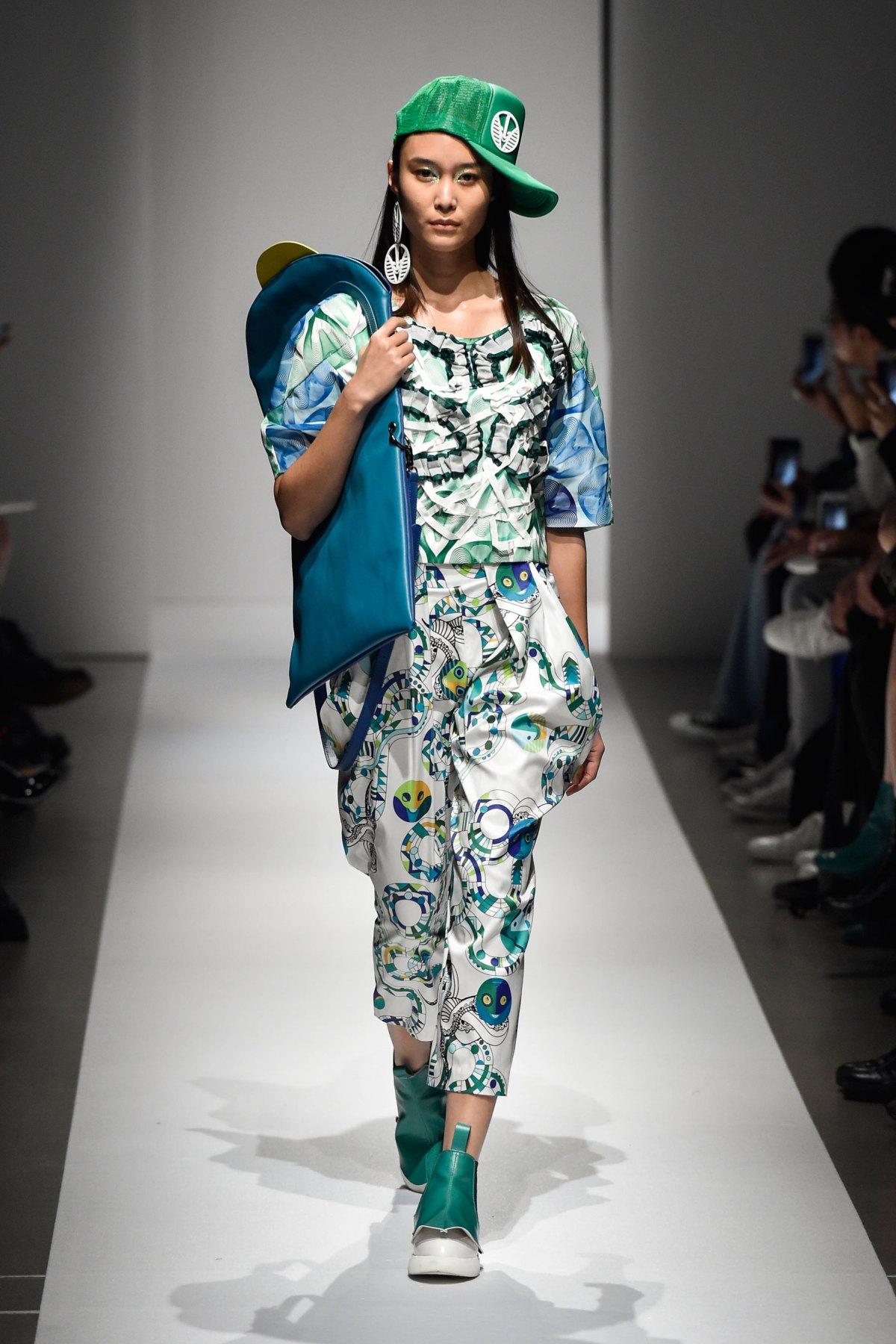 Fashion Hong Kong RS17 0065