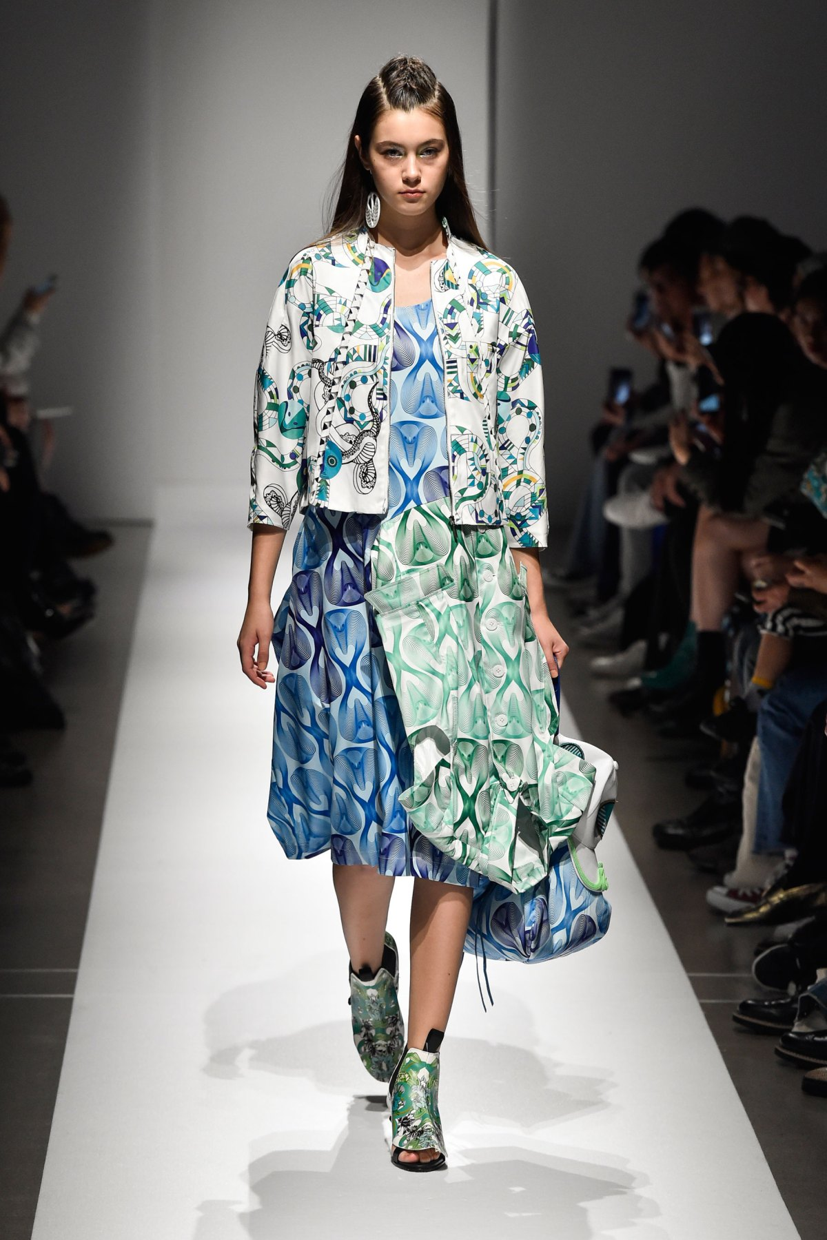 Fashion Hong Kong RS17 0067