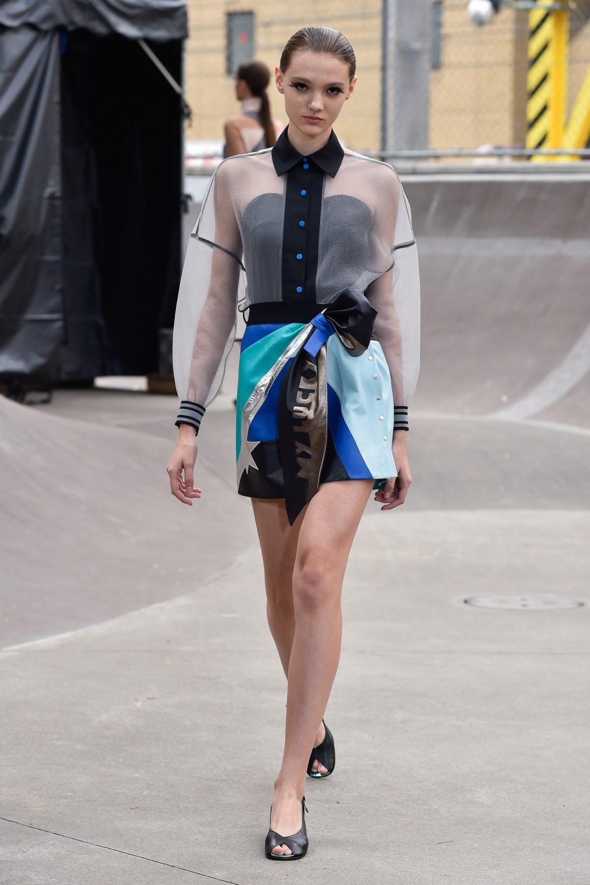 Fashion Port RS17 074
