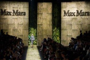 Max Mara atm RS17 0497
