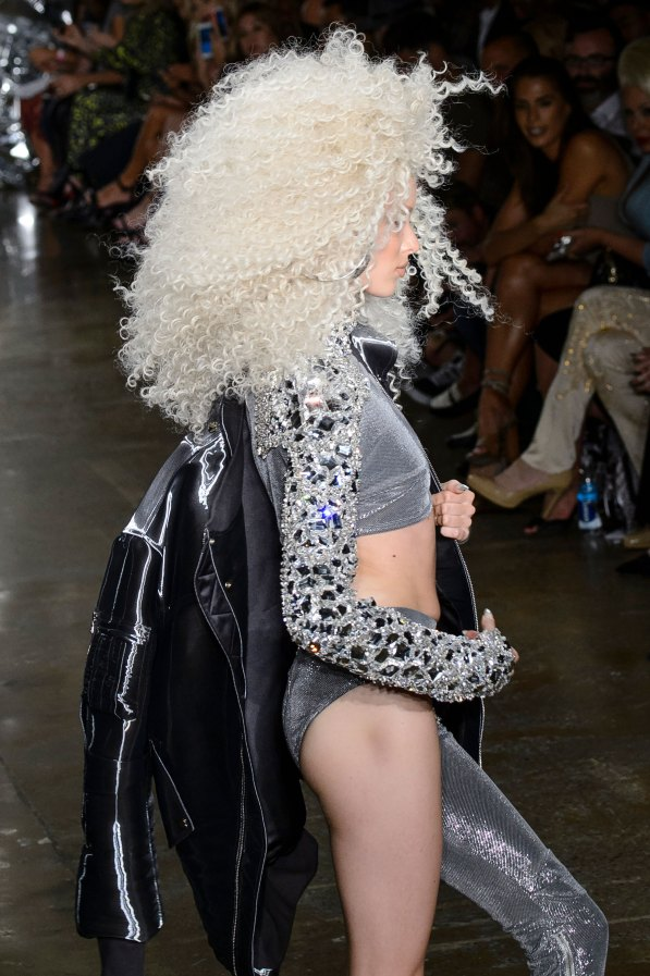 The Blonds atm RS17 9234