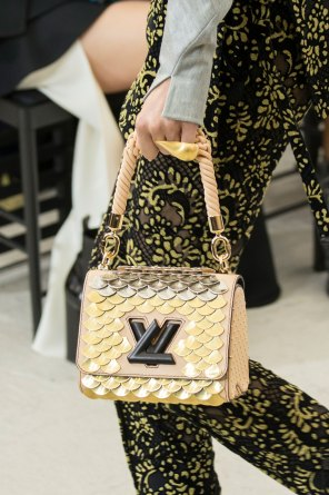 Vuitton clp RS17 7204