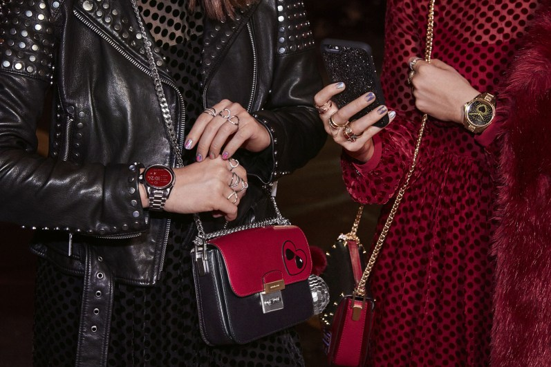 michael-kors-holiday-2016-ad-campaign-the-impression-12