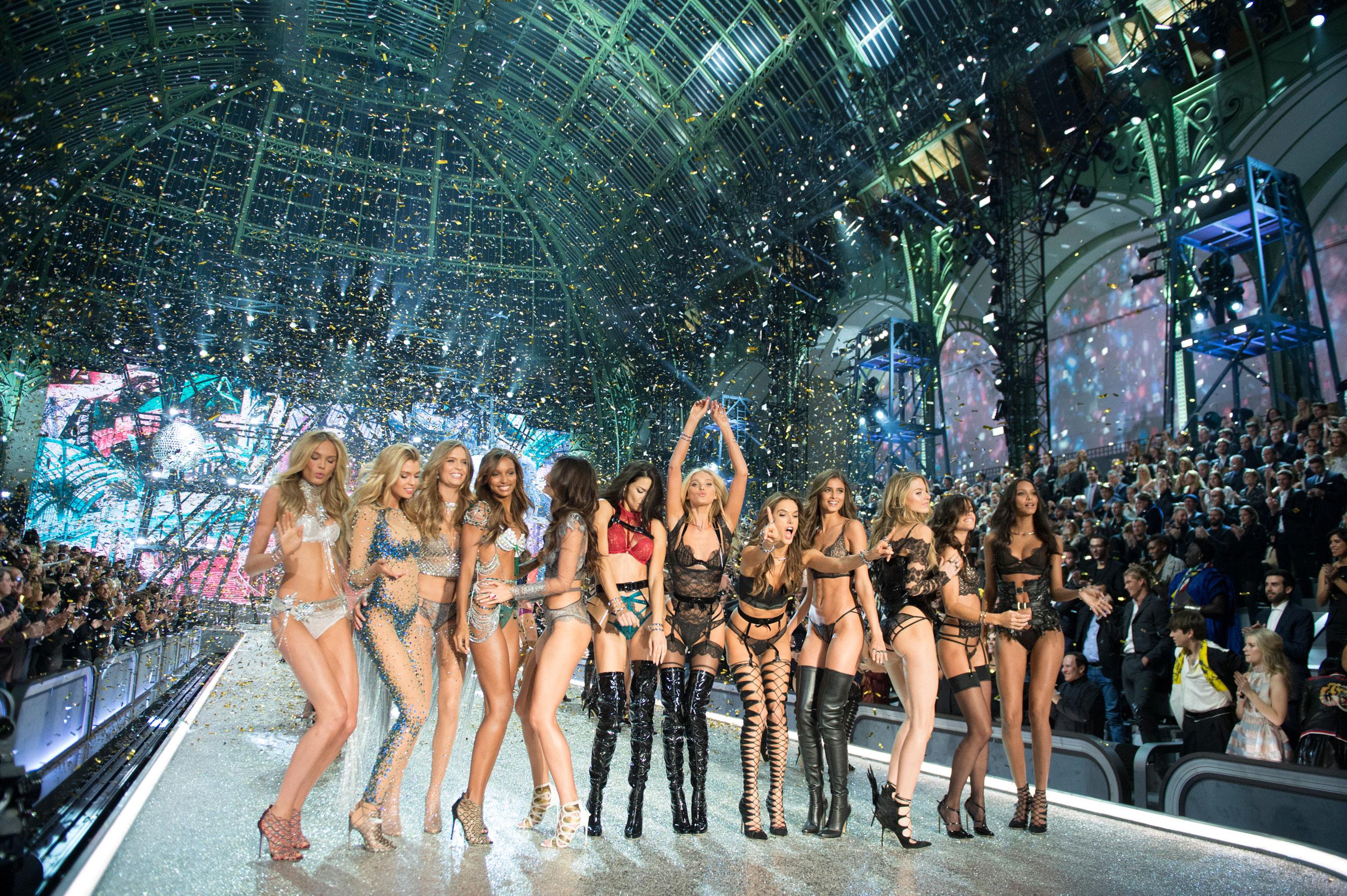 Victorias Secret atm RS17 7676