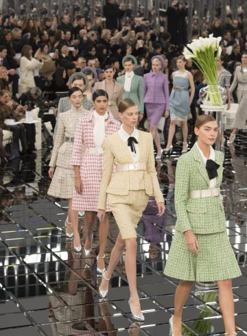 Chanel Spring 2017 Couture Fashion Show