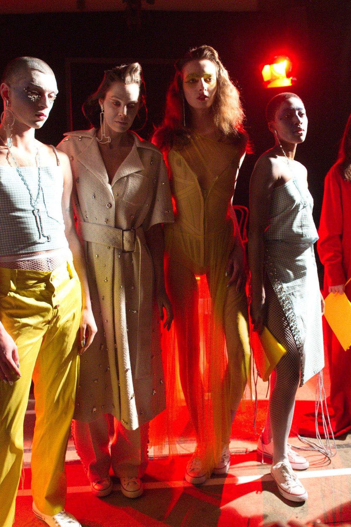 Fashion East m RF17 0186