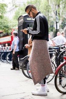 London m str RS17 3096