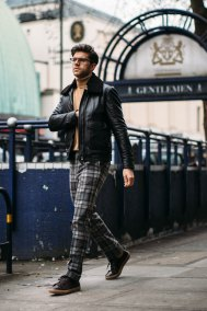 London str RF17 0685