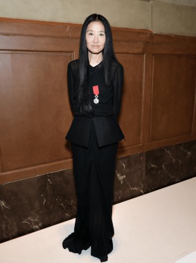 Vera Wang Receives Medal2