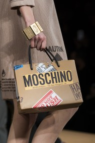 Moschino clp RF17 9295