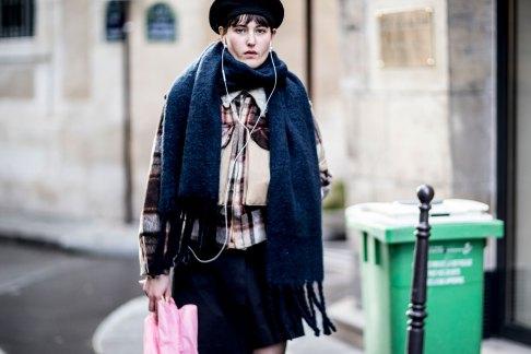 Paris str RF17 0320