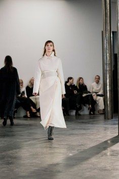 The-Row-fall-2017-fashion-show-the-impression-17