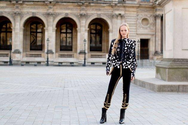 Paris str RF17 6686
